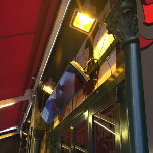 radiateur_infrarouge_radiant_design_heatscope_france_facade_en_verre_noire_1