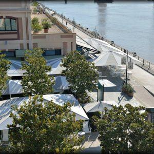 chauffage estétique et design pour terrasse d'hotel ou restaurant
